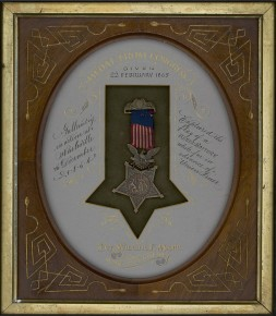Medal of honor awarded to Private Wilbur F. Moore of Co. C, 117th Illinois Infantry Regiment